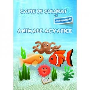 Carte de colorat cu abtibilduri. Animale Acvatice