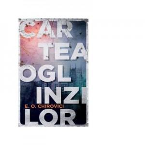 Cartea oglinzilor (editie de buzunar) - Eugen Ovidiu Chirovici